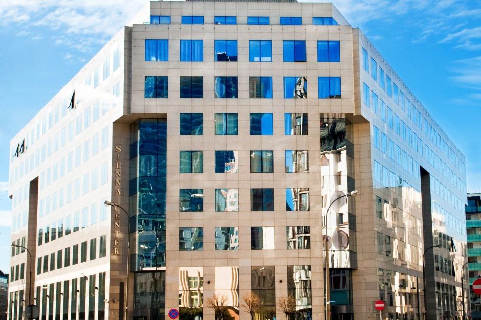 Modernizacja się opłaca. Warszawski kompleks biurowy zyskał prestiżowy certyfikat