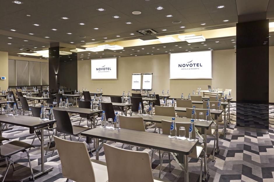 Novotel Warszawa Centrum sięga po MICE. I ma na to sposób