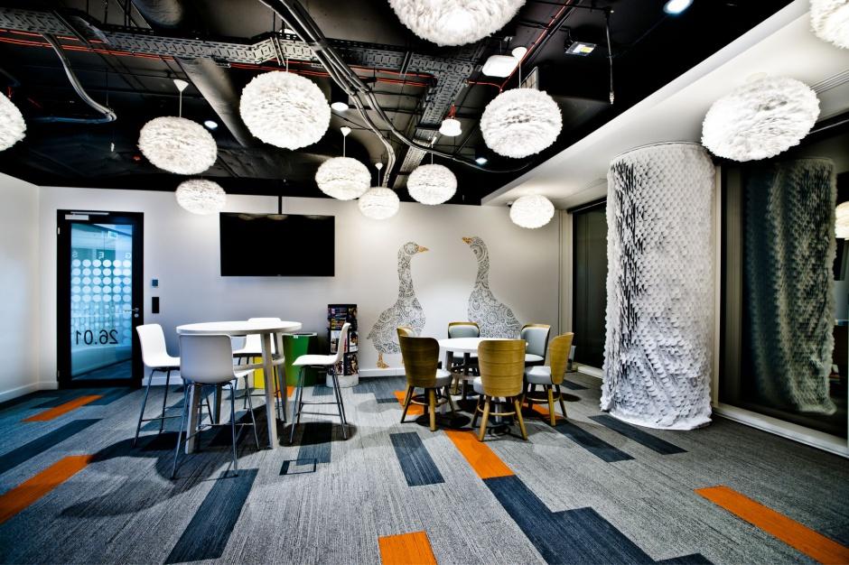 Sielsko i futurystycznie - nowe przestrzenie w Warsaw Spire