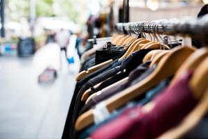 Szef Victoria's Secret: smartfony kiedyś znikną, tradycyjne sklepy przetrwają