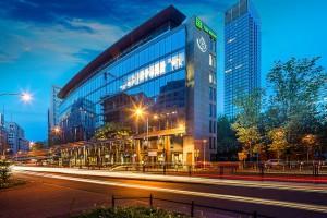 Agencja interaktywna i doradcy biznesowi wybrali Grzybowska Park
