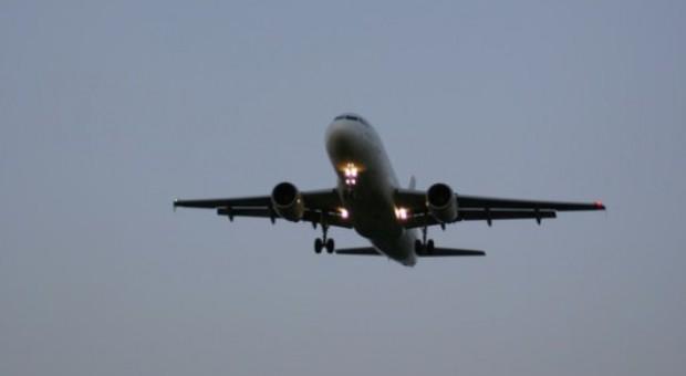 Trzy miliony na lotnisku w Modlinie