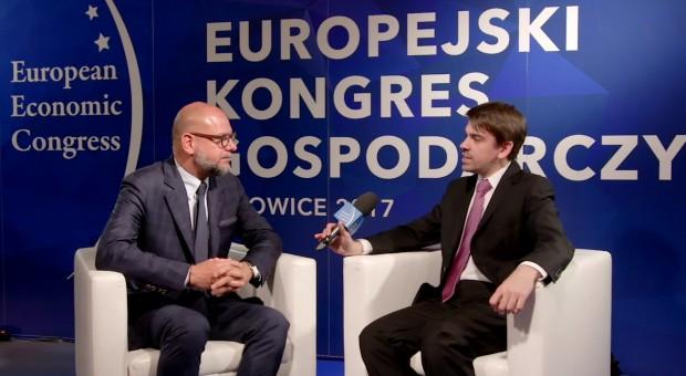 Przemysław Krych na EEC:  To nie kapitalizm jest w kryzysie