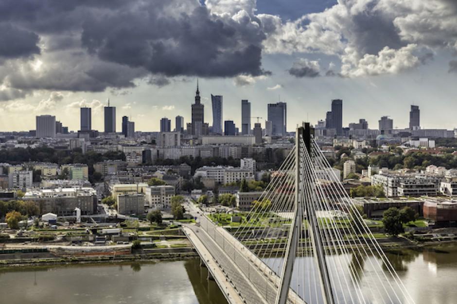 Warszawa na tropie biurowych gigantów