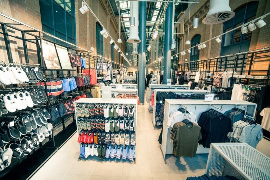 H&M zamyka prestiżowy salon w stolicy