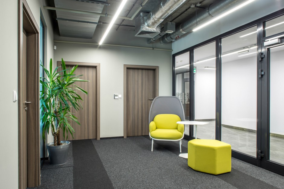 Sprawdza się w biurach w Paolo Alto i w kampusie Google. Teraz trafia do polskich biur