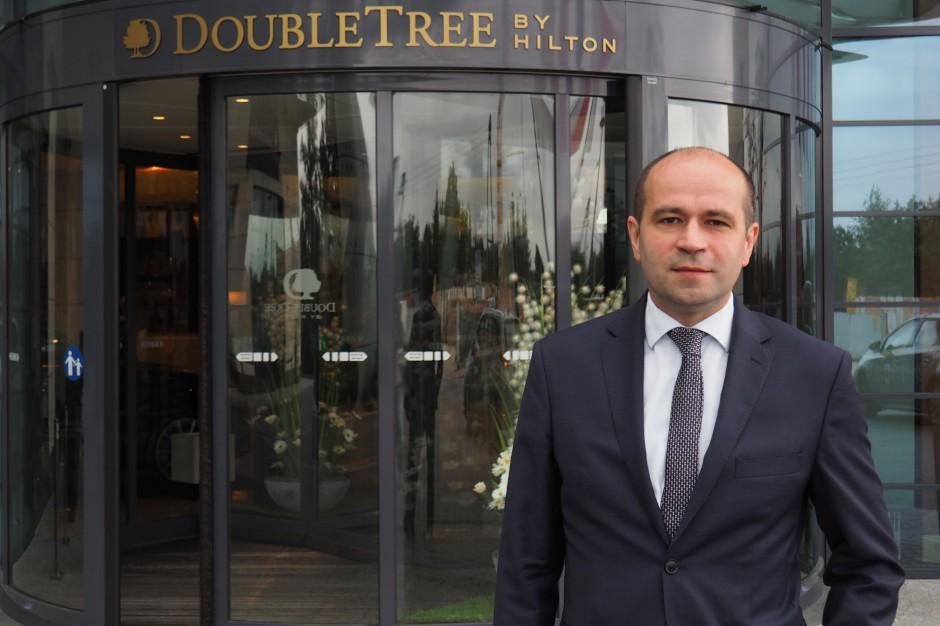 Z Courtyard by Marriott do DoubleTree by Hilton