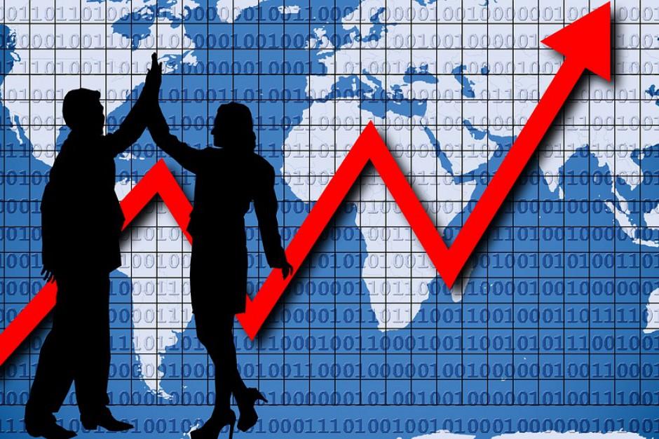 GUS: Inwestycje drgnęły