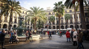 W Hiszpanii mieszkania dla turystów stoją puste