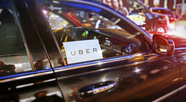 Uber wprowadza usługę wykorzystującą minibusy