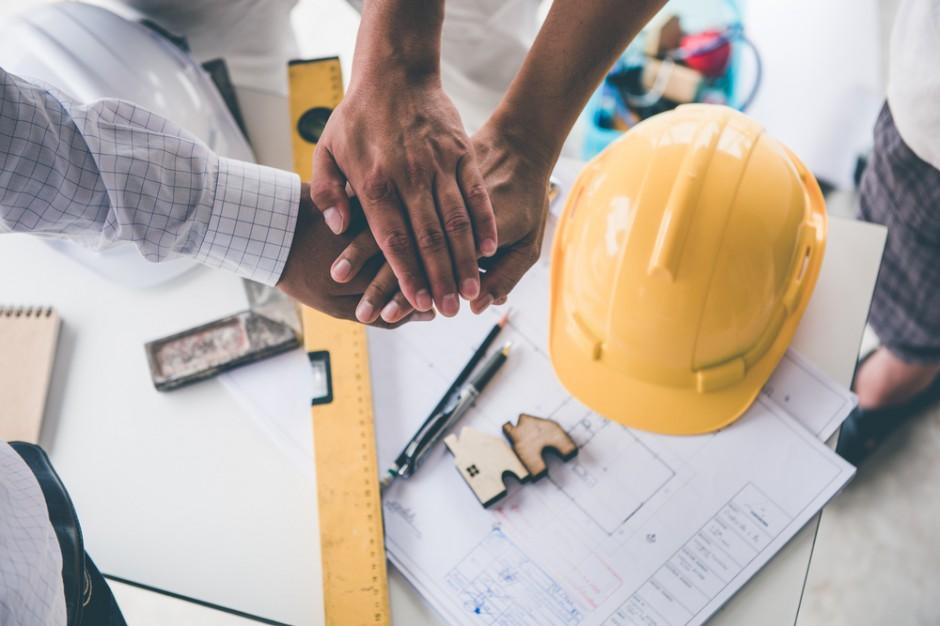 Coraz więcej niewypłacalności, zagrożone budownictwo