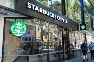 Starbucks nie zwalnia tempa