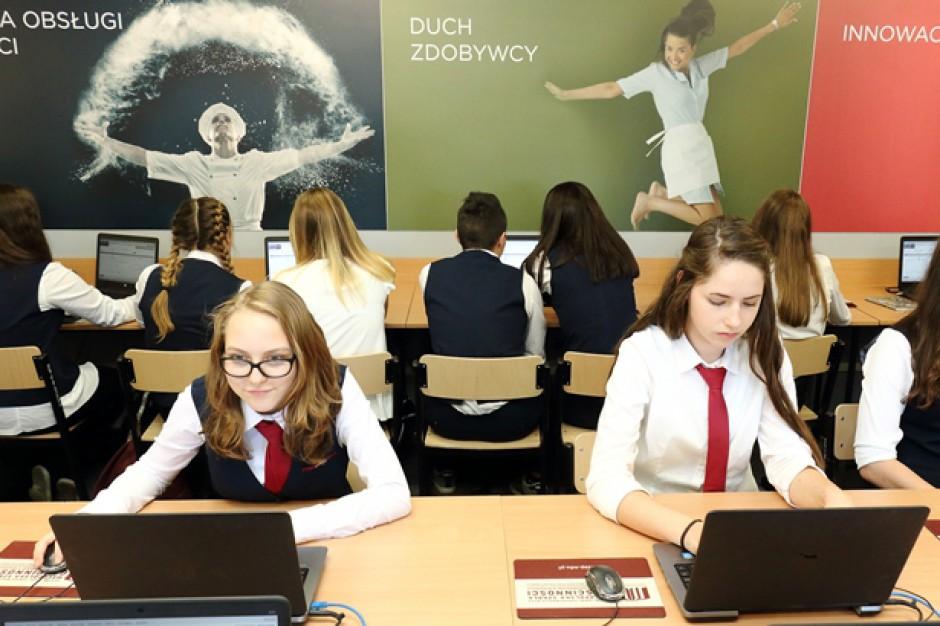 Małopolska Szkoła Gościnności w Myślenicach ma salę patronacką Orbis