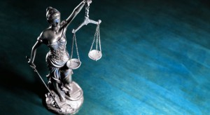 Notariusz wśród oskarżonych w sprawie sprzedaży udziałów w działkach w Sławoborzu
