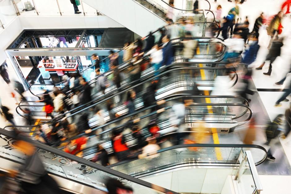 Klienci centrów dostrzegają większy ruch w dni poprzedzające niedziele bez handlu