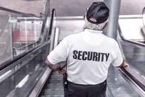 Zakaz handlu w niedziele uderzy nie tylko w pracowników sklepów