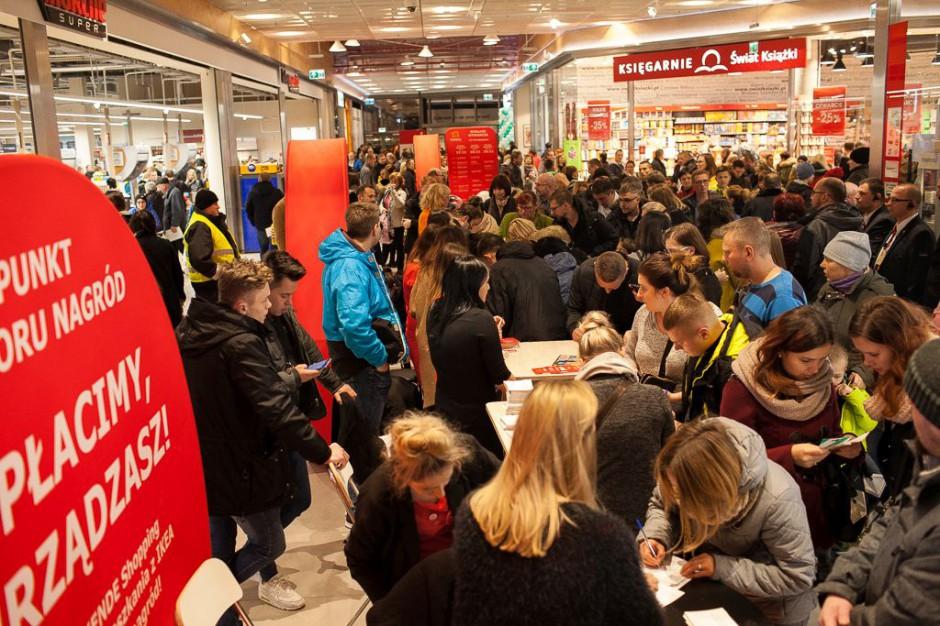 Tłumy na otwarciu Skende Shopping