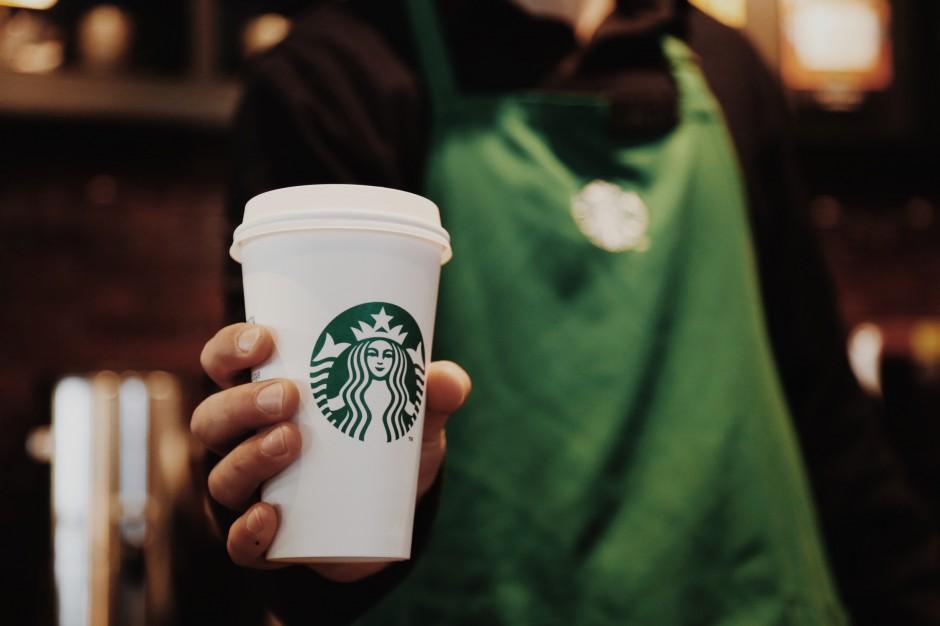Na kawę Starbucks do łódzkiego biurowca