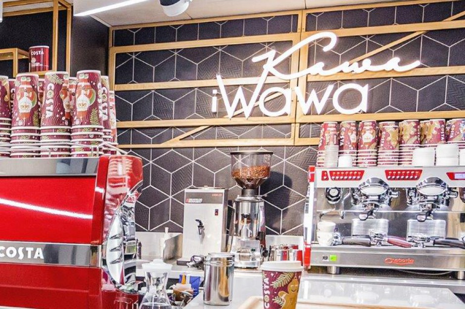Pociąg do kawy w centrum Warszawy