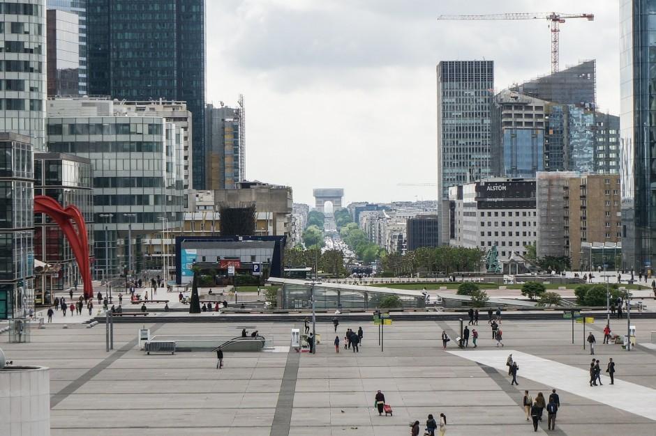 Commerz Real sprzedaje dwa biurowce na paryskim La Défense. Idą w ręce BNP Paribas Real Estate