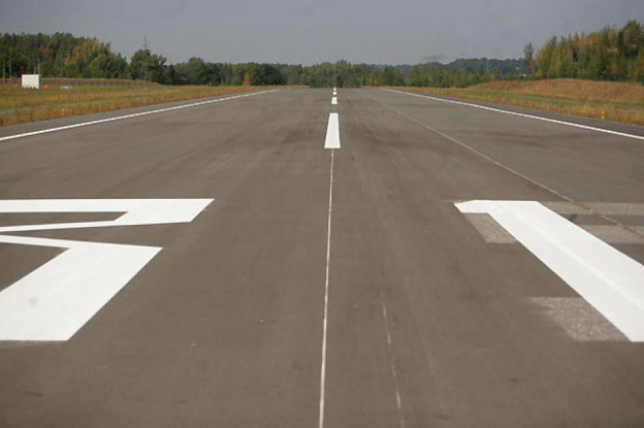 Politycy chcą ratować lotnisko w Modlinie