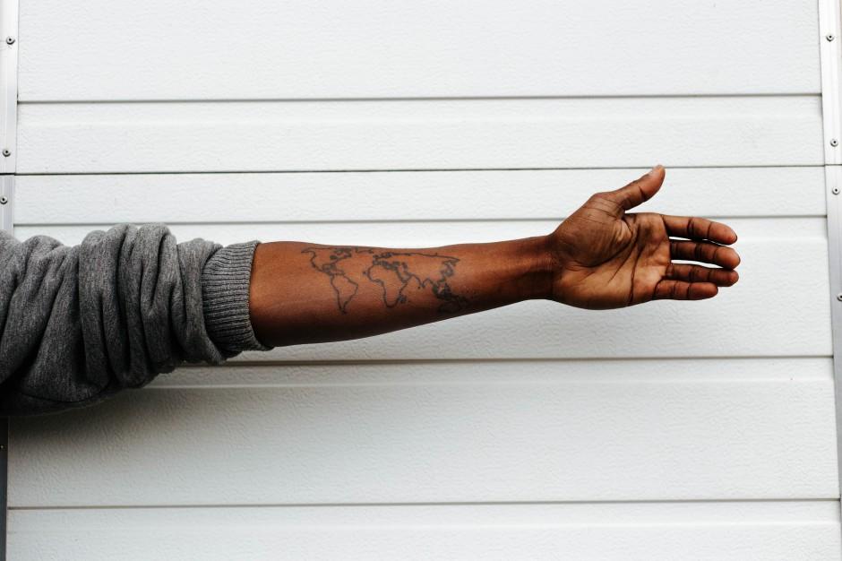 Zdjęcie produktowe o rasowym podtekście kosztowało H&M kontrakt z gwiazdą