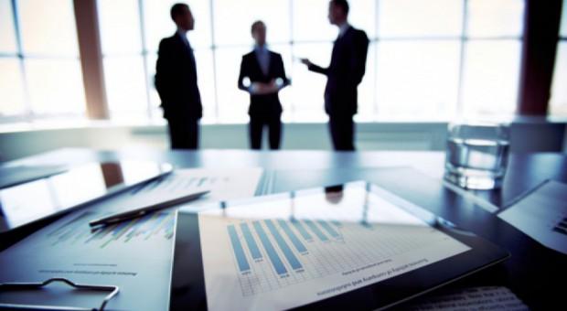 Fuzje, przejęcia i ekspansja - firmy biorą na celownik kraj nad Wisłą