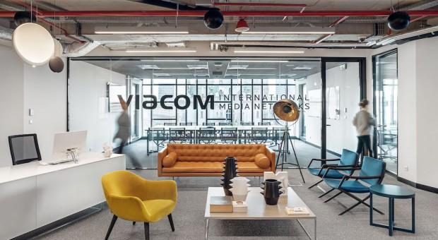 MTV, Comedy Central i inni wybrali dizajnerskie biuro z widokiem na Plac Zbawiciela