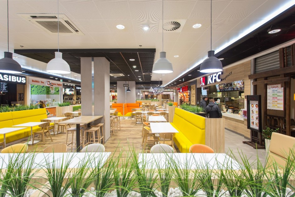 Nowa strefa restauracyjna w Arkadach Wrocławskich już działa