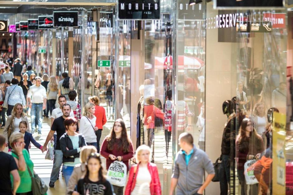 Turystyka zakupowa przynosi zyski outletom. Neinver na fali wzrostów