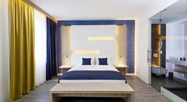 Pierwszy hotel przyszłości już otwarty. Zobacz obiekt kontrolowany w pełni przez smartfona