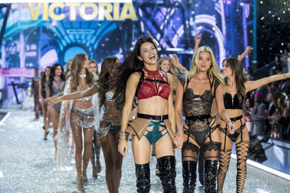 Victoria's Secret zamknie 53 sklepy