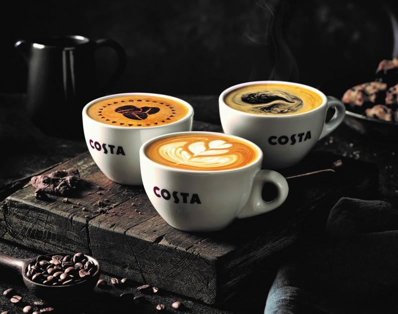 Costa Coffee Trzy Flat White SP 2018.jpg