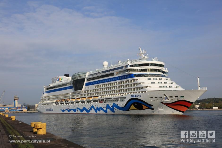 Gdynia gotowa na turystyczny przypływ. Port otworzył sezon wycieczkowców