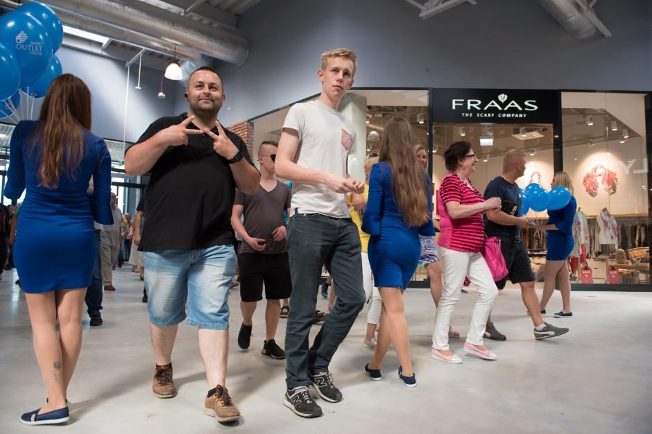 Tłumy na otwarciu Smart Outlet Center w Bydgoszczy
