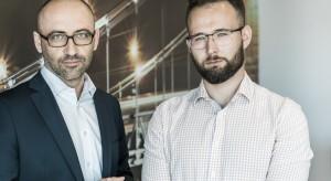 Milion na sztuczną inteligencję. Fundusz inwestuje w hotel Application