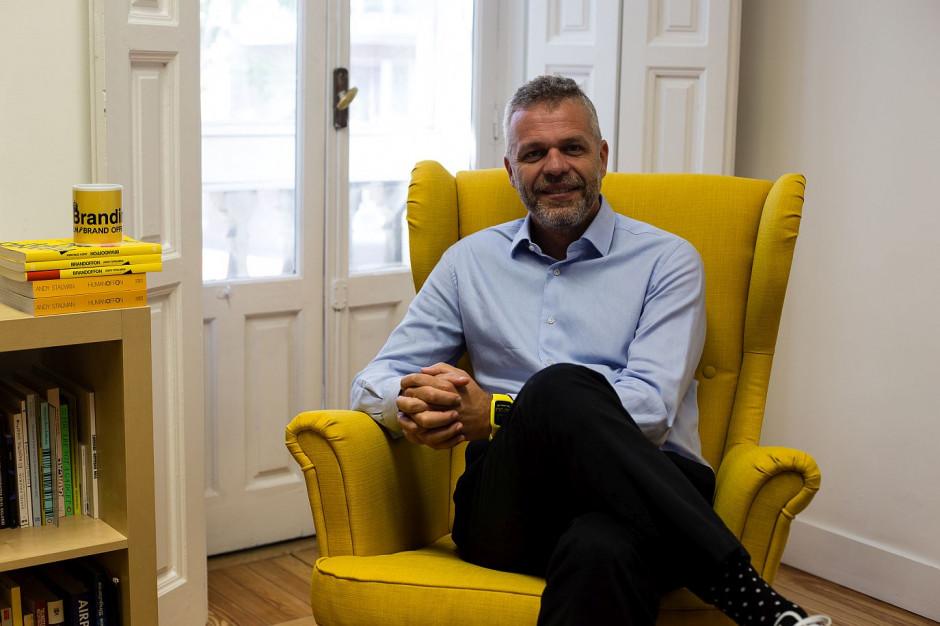 Andy Stalman o sztuce uwodzenia: osiem uścisków buduje więź między klientem a marką