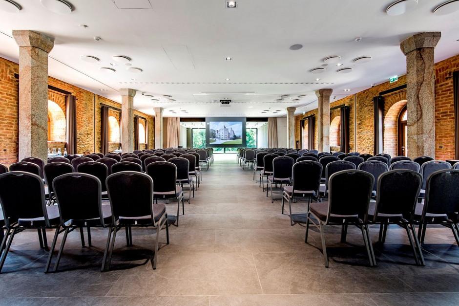 Nowe centrum konferencyjne w Uroczysku Siedmiu Stawów