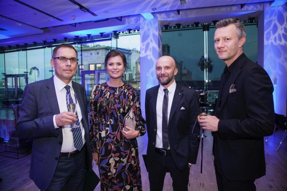 Wojciech Kuśpik, prezes PTWP; Małgorzata Burzec-Lewandowska i Robert Posytek, redaktorzy naczelni PropertyNews.pl i PropertyDesign.pl; Rafał Sikora, Grupa PTWP. Gala Prime Property Prize 2018