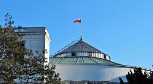 Sejm przyjął dużą część poprawek Senatu do ustawy o Bonie Turystycznym