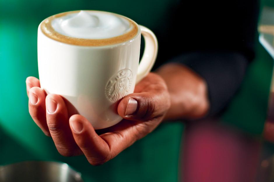 Starbucks w Atrium Promenada według najnowszych konceptów aranżacji wnętrz