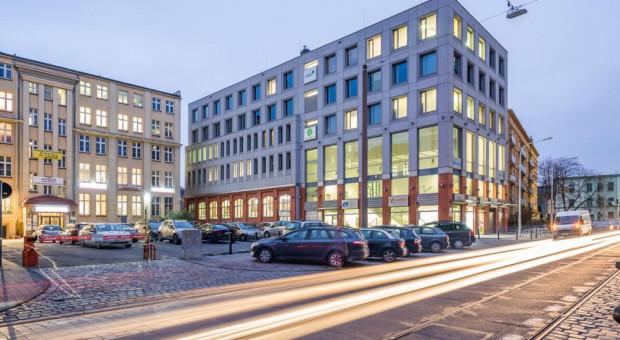 Vantage Development sprzedał biurowiec