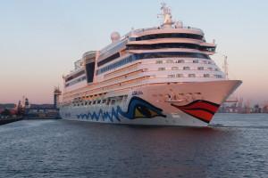 50 dużych statków wycieczkowych, 100 tys. pasażerów - Port Gdynia ma za sobą dobry sezon