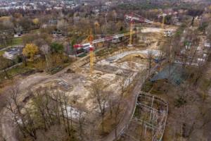 Dźwigi na budowie Orientarium. Czy przyciągnie turystów do Łodzi?