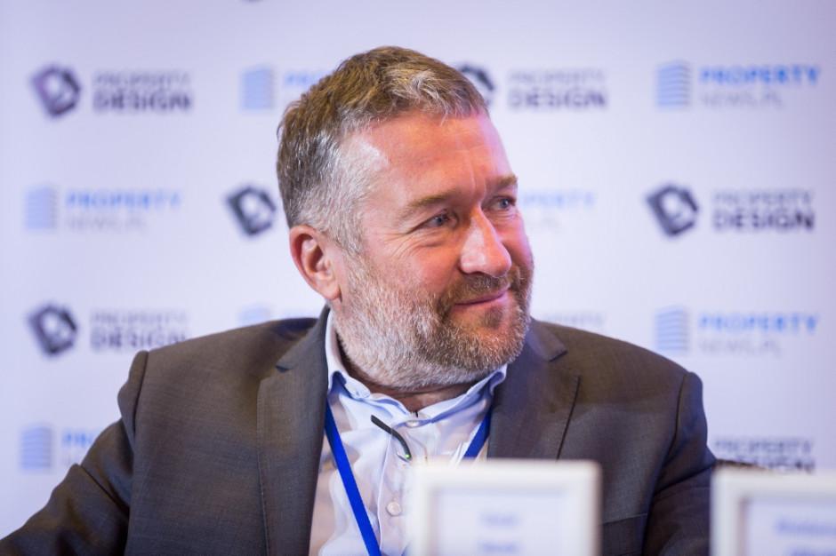 Rafał Sonik o bezpieczeństwie w galeriach: Zamiast kamer termowizyjnych, termometry i bramki dezynfekcyjne