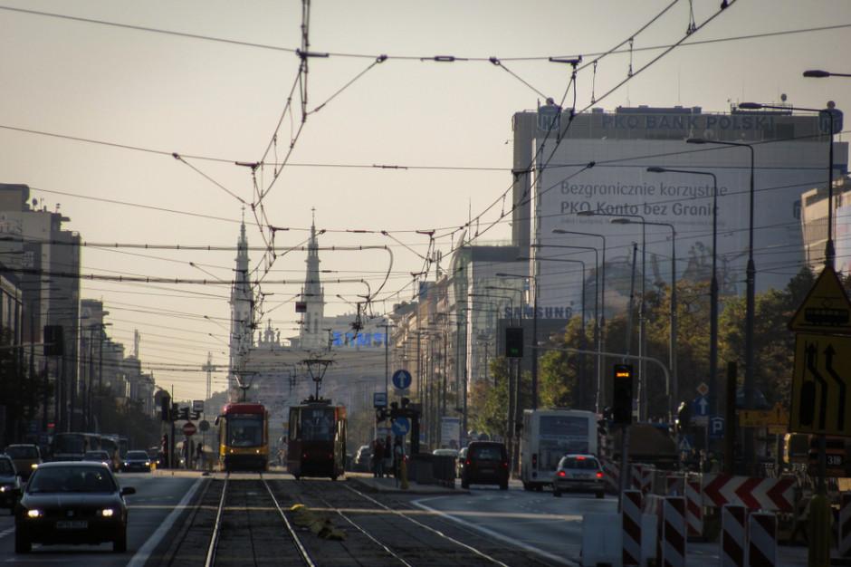 """Nowe narzędzie sprawdza jakość powietrza w Europie. Na czerwono """"świeci się"""" aż 27 polskich miast"""