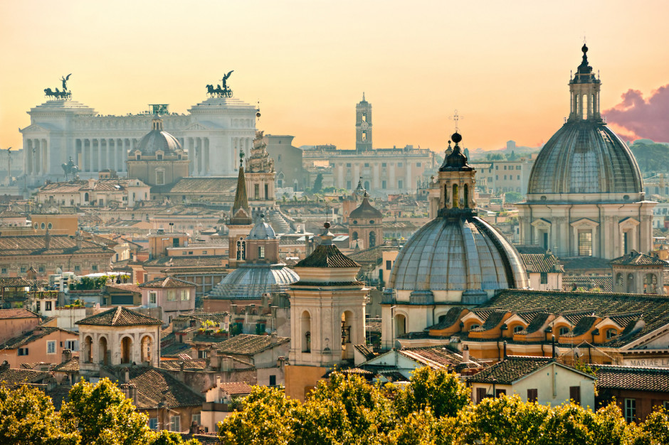 Centrum Rzymu powoli wraca do życia i czeka na turystów