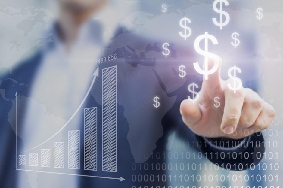 Finansowanie działalności: faktoring goni leasing