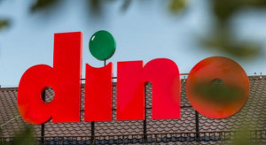 Dino chce przejąć 13 supermarketów