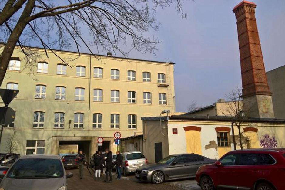 Pofabryczny obiekt zyska drugie życie. W 2020 - nowe biura w Łodzi